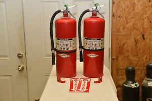 Fire Extinguisher 20lb Abc Dry Chemical In Excellent Condition W sign
