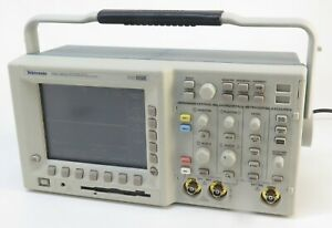 Tektronix Tds3032 Two Channel Digital Phosphor Oscilloscope 300 Mhz 2 5 Gs s