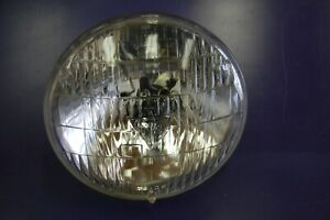 T3 Headlight 4001guide At Bottom Sealed Beam 1 On Top 107 1a Sa 22