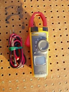 Fluke 373 True Rms Ac Dc Clamp Meter With Leads Very Good Condition Working