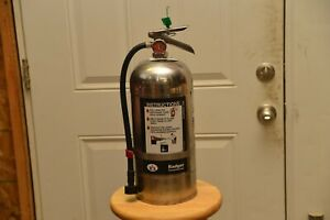 Class K 6 Liter Fire Extinguisher In Great Condition W Wall Bracket And 2 Signs