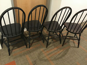 Antique Colonial Windsor Set Of 4 Bow Back Handmade Solid Wood Black Chair