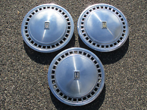 Lot Of 3 Factory 1979 To 1985 Oldsmobile Toronado 15 Inch Hubcaps Wheel Covers