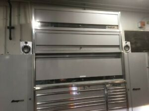 Silver Snap on Krl Series Tool Box 30k Invested As Shown