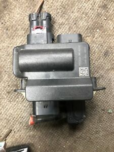 2014 Bmw X5 Small Fuse Box 9285503 Positive Battery Junction Power Distribution