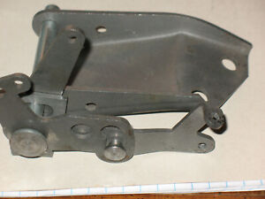 1957 Ford Thunderbird Reproduction e Rear Bell Crank Automatic Box 1500
