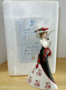 Friendly Pause Hamilton Collection Refreshing Beauty Coca-Cola Woman Figurine