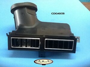 70 72 Chevelle El Camino Monte Carlo Center Dash Air Vent Outlet Assembly