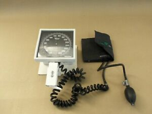 Welch Allyn Tycos Sphygmomanometer Blood Pressure Ce0050 With Adjustable Stand