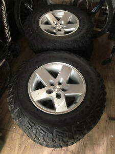 16 Factory Jeep Rubicon Wheels And 245 75 R16 Goodyear Wrangler Kevlar Tires