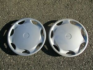 Lot Of 2 Genuine 1992 To 1995 Mazda 626 14 Inch Hubcaps Wheel Covers