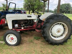Farm Tractor 1953 Ford Jubilee