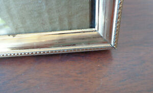 Vintage Gold Metal Picture Frame 8 X10 Photo Ribbed Surround Clean Lines Etching