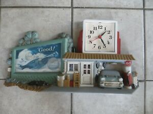 VTG PLASTIC WORKING BATTERY COCA COLA CLOCK SIGN CAR GARAGE SCENE