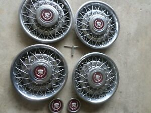 1988 1992 Cadillac Fleetwood Brougham Wire Hubcap 15 With Wrench