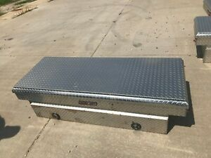 Weather Guard Toolbox Used 28 Wide No Keys