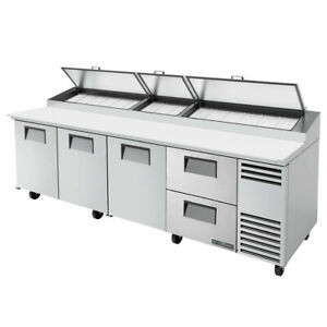 True Tpp at 119d 2 hc 119 Pizza Prep Table Refrigerated Counter