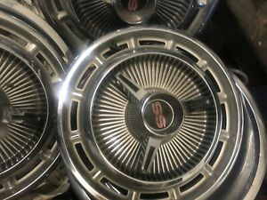 1964 Chevy Nova Ss Hubcaps used In Great Condition 5 Pieces