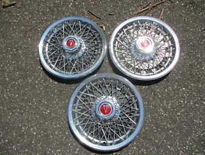 Genuine 1977 To 1981 Pontiac Bonneville 15 Inch Wire Spoke Hubcaps Wheel Covers