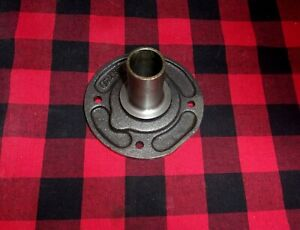 New Saginaw 3 4 Speed Truck Bearing Retainer W Seal Wt301 6a