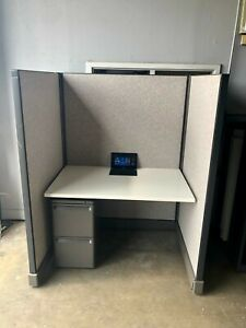 Cubicles Herman Miller 10 Available