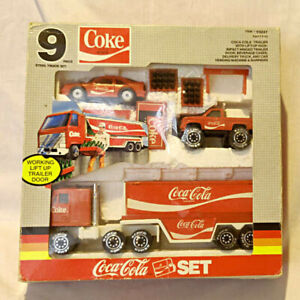 Vintage REMCO COCA COLA 9 Piece Steel Truck Car Vending Mchine aSet in Box 1988