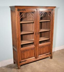 Vintage French Gothic Revival Bookcase Cabinet Console In Oak
