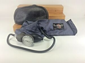 Tycos Adult Blood Pressure Guage With Baumanometer Cuff Euc In Leather Case