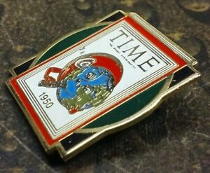 Time Magazine Coca Cola pin badge