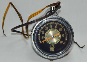 Vintage Under Dash Mount Stewart Warner 8 000 Rpm Chrome Bullet Tachometer