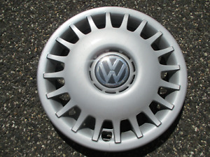One Factory 1999 To 2001 Volkswagen Golf Cabrio 14 Inch Hubcap Wheel Cover