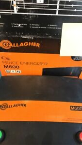 Mains And Solar Electric Fence Energizer