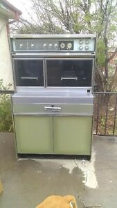 Vintage 1960 s Frigidaire Flair Custom Imperial Electric Range Oven