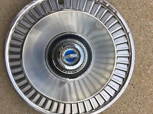 One 14 Wheelcover Hubcap 62 63 64 Ford Galaxie Ht Cv 390 Very Nice Used