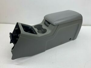 2003 2006 Oem Ford Expedition Center Console Armrest Storage 03 06 S8049