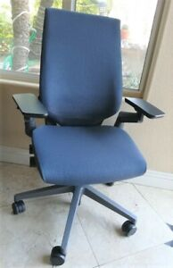 Steelcase Gesture Chair Adjustable Arms Light Grey Frame Manufactured 2019