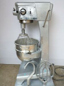 Hobart D300 30 Quart Commercial Bakery Mixer Bowl 3 Attachments Hook Whip Paddle