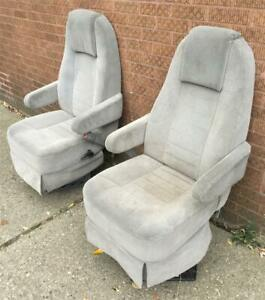 2002 Dodge Centurion Van Custom Gray Cloth Reclining Front Seats Captain Chairs