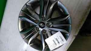 Wheel 17x6 1 2 Alloy 15 Spoke With Tpms Fits 14 15 Tucson 1175521