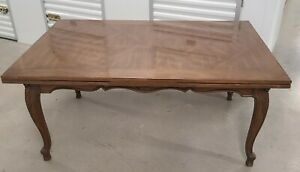 Very Good Quality Walnut Country French Draw Leaf Dining Room Table C1980s