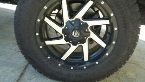 Ford F 250 F 350 20 Fuel Wheels With Lt275 65 R20 Toyo Open Country A T Tires