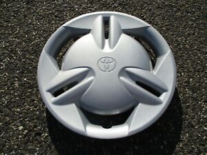 One Factory 2000 Toyota Echo 13 Inch Hubcap Wheel Cover Mint