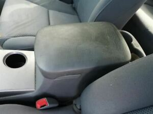 Console Front Floor Bucket Seat Fits 05 09 Tacoma 215205