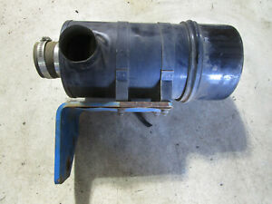 Deutz Diesel Engine 1011f Air Cleaner Assembly With Mounting Bracket