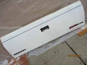 1988 98 Chevrolet Truck Tailgate white In Color Rust Free