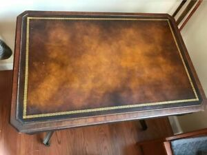 Vintage Heirloom Weiman Table 714 Leather Top Mahogany With Casters
