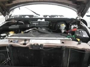 Power Brake Booster With P265 75r16 Tires Fits 00 01 Dodge 1500 Pickup 16911171