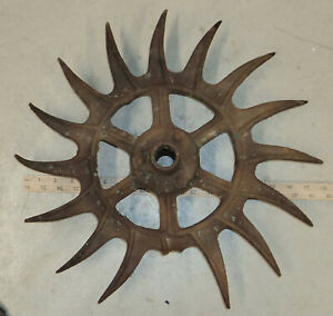 Antique Ih Rusty Farm 18 Rotary Cultivator Sun Burst Wheel Garden Art