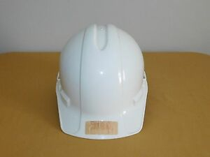 Construction Safety Equipment 2 Plastic Hard Hats Bullard Yellow Xlr8 White