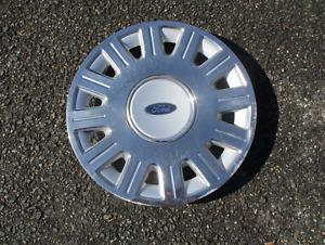 One Factory 2003 To 2006 Ford Crown Victoria 16 Inch Bolt On Hubcap Wheel Cover